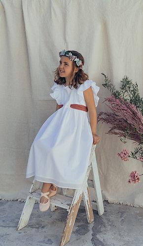 Long white dress with embroidery frill/ vestido comprido com folho bordado
