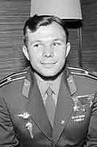 220px-Yuri-Gagarin-1961-Hel.jpg