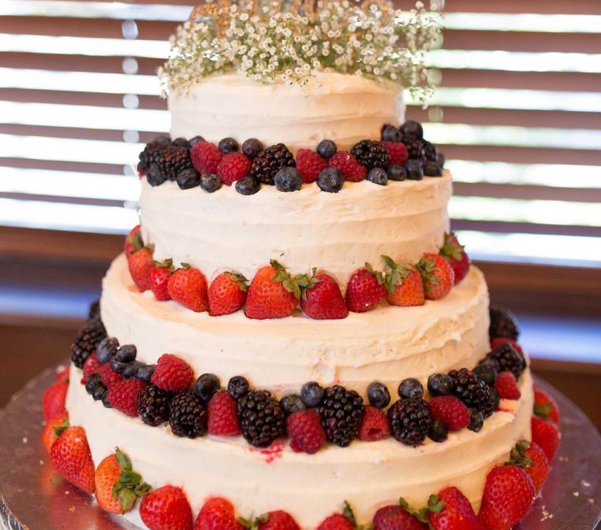 Soriya Wedding Cake