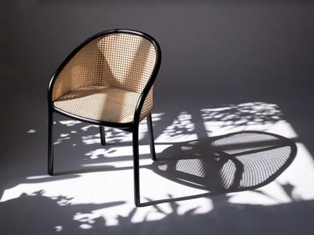 เก้าอี้รางวัล Design Guild Mark 2019,  Latis Chair โดย Samuel Wilkinson