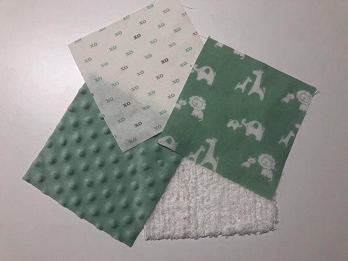 Mama/Baby Animals Green/White Made to Order Play Quilt