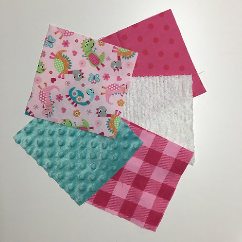 Made to Order Girly Dinos Play Quilt