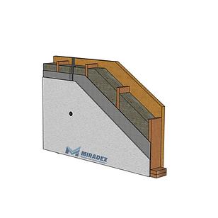 Sectiune perete exterior semi-finisat al unei case pe structura de lemn in sistem timberframe by Miradex Wooden Buildings