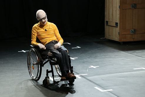 Romain Finart, Par La Preuve Que le Réel N'Existe Pas, renaud Cojo, Performance