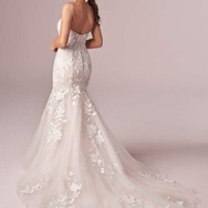 Plunging Sweetheart Mermaid Lace Back