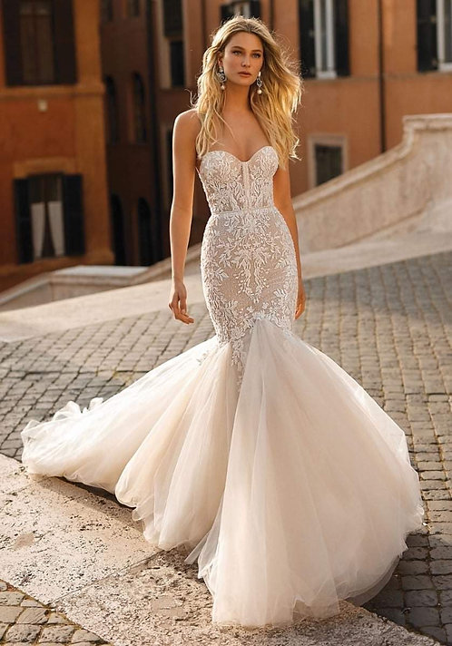 Strapless Sweetheart Gown with Tulle Mermaid Skirt