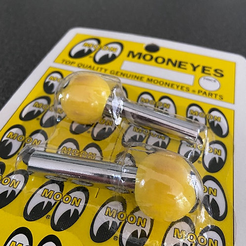 MOONEYES Yellow Door Pins