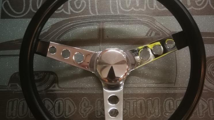 """Black 13.5"""" Moon/Grant Steering Wheel"""