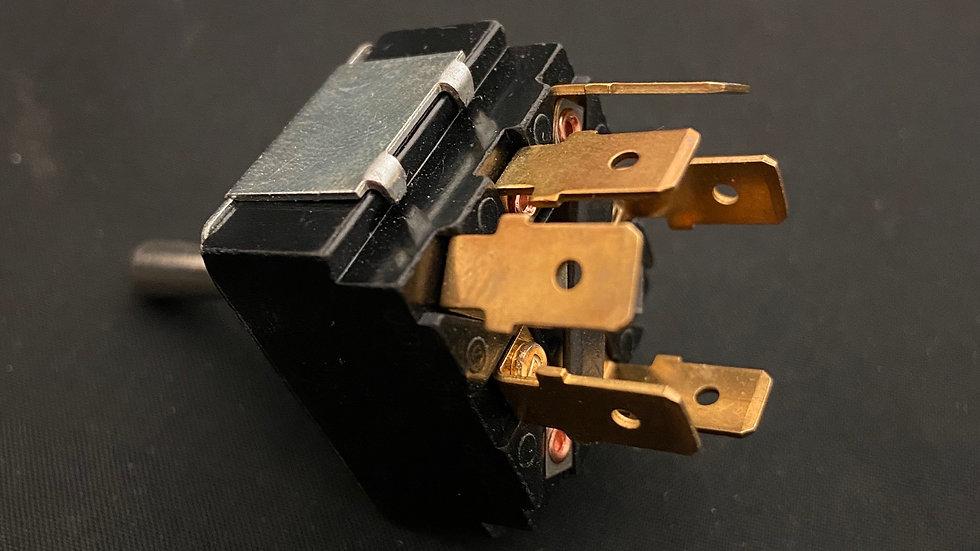 Turn signal toggle switch