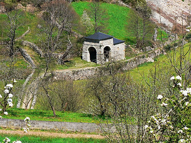 Ermita de Nuesta Señora de Las Veigas, en Besullo (Cangas del Narcea)