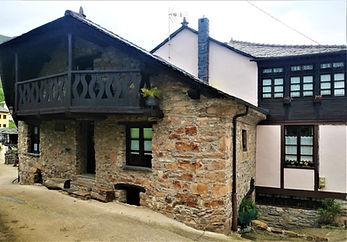 Casa natal de Alejandro Casona en Besullo (Cangas del Narcea)