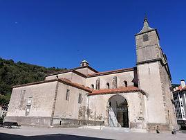 Cangas del Narcea - Basílica Colegiata de Santa María Magdalena