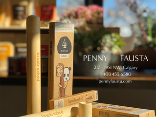 Penny Fausta - Brush Naked