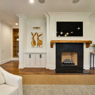 10 Living Room Fireplace and Built-ins.j