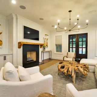 13 Living Room Buil-ins.jpg