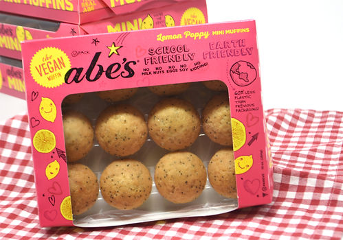 Absolutely lemonlicious! Our lemon poppy seed muffins use fresh lemon zest to create a deliciously refreshing treat.