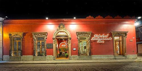 fachada-del-restaurante.jpg