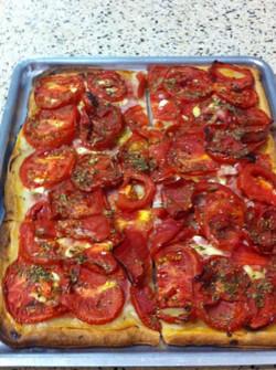 Torta de tomate,jamon,queso