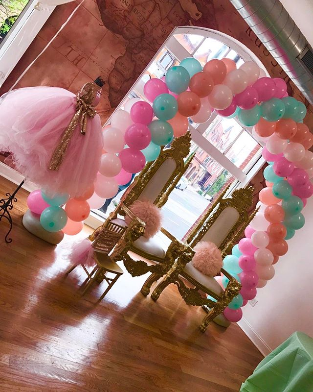 Custom Balloon Arch