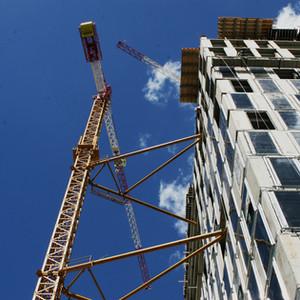 בנייה בתשעה באב על ידי נכרי