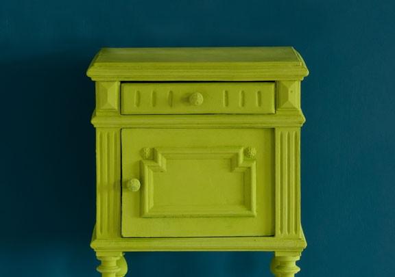 Firle-side-table-Aubusson-Blue-wall-bann