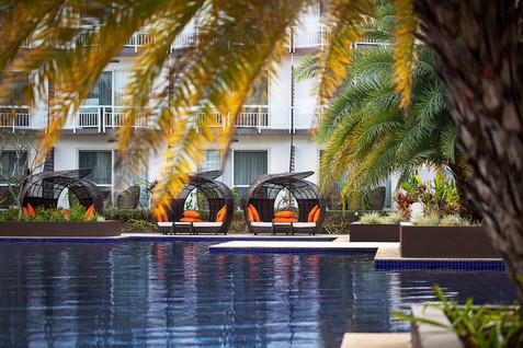 Pullman Nadi Bay Resort & Spa - Pool Vie