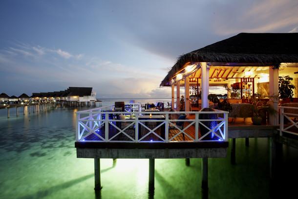 Centara Grand Island Resort & Spa Maldives - Azzuri Mare Restaurant.JPG