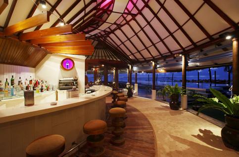 Centara Grand Island Resort & Spa Maldives - Coral Bar 1.JPG