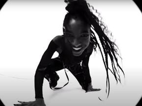 """Song Review: """"T r a n s p a r e n t S o u l"""" by Willow ft. Travis Barker"""