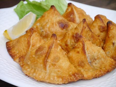 インド料理の揚げ物「サモサ」
