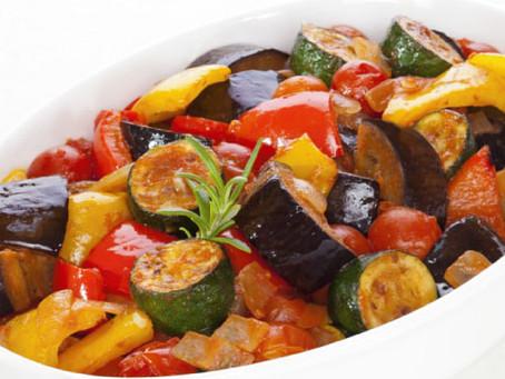 カラフルな野菜の煮込み料理!