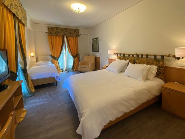 Δωμάτιο Τρίκλινο Premium