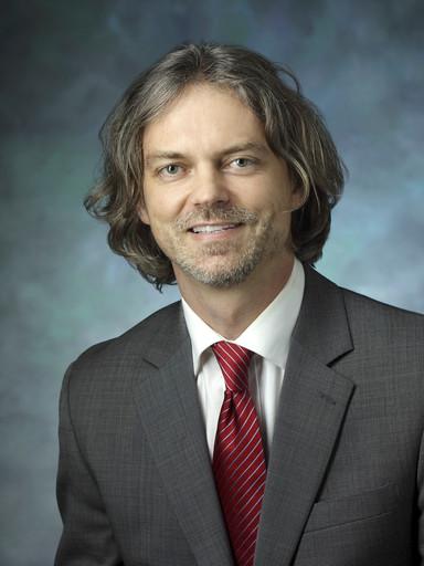 Dr Piotr Walczak