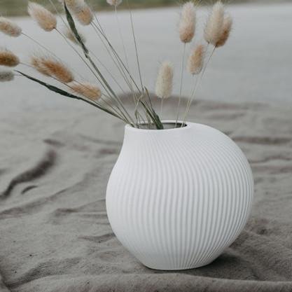 Vase-Lerbäck-weiß-Storefactory-.jpg