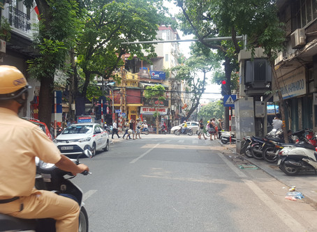 Hanoi - The city and our hostel