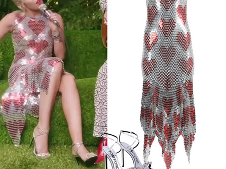 Miley Cyrus' heart chain-link dress and silver sandals