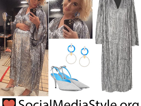 Katy Perry's interlocking hoop earrings, silver lame dress, and glitter mules