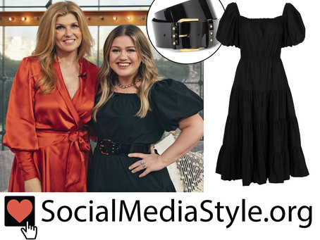 Kelly Clarkson's black puff sleeve dress and patent leather belt