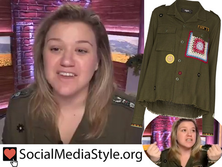 Kelly Clarkson's military style jacket from The Kelly Clarkson Show
