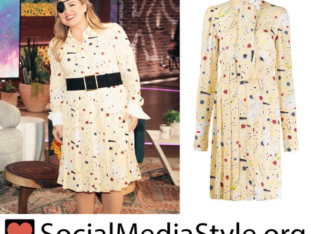 Kelly Clarkson's yellow print shirt dress from The Kelly Clarkson Show