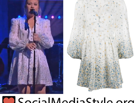Kelly Clarkson's white floral print dress from The Kelly Clarkson Show