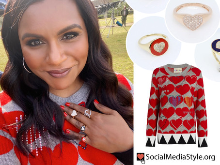 Mindy Kaling's heart sweater and heart rings