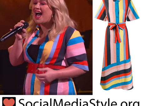 Kelly Clarkson's striped dress from The Kelly Clarkson Show