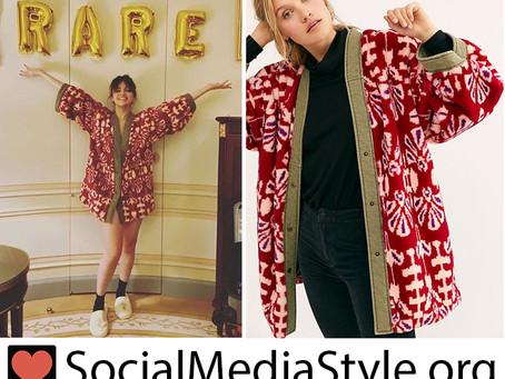 Selena Gomez's red print kimono