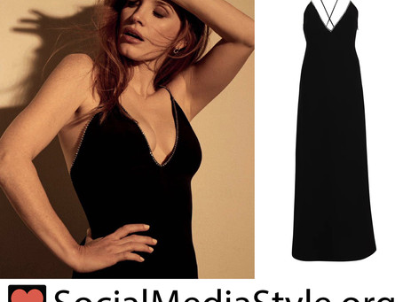 Jessica Chastain's black rhinestone trim dress from Harper's Bazaar España