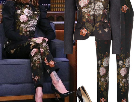 Evan Rachel Wood's floral jacquard outfit & black pumps from The Tonight Show Starring Jimmy Fallon