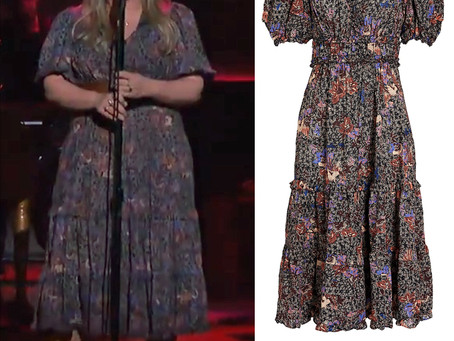 Kelly Clarkson's floral print dress from The Kelly Clarkson Show