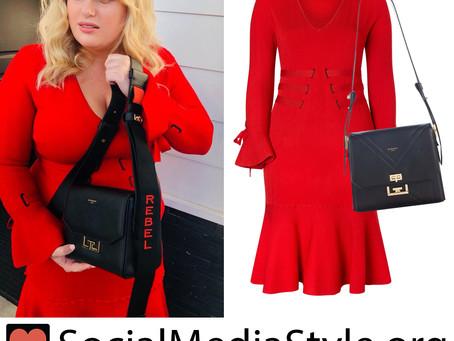 Rebel Wilson's red dress and black bag