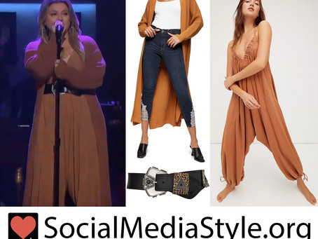 Kelly Clarkson's embellished belt and orange dropped crotch jumpsuit and long cardigan