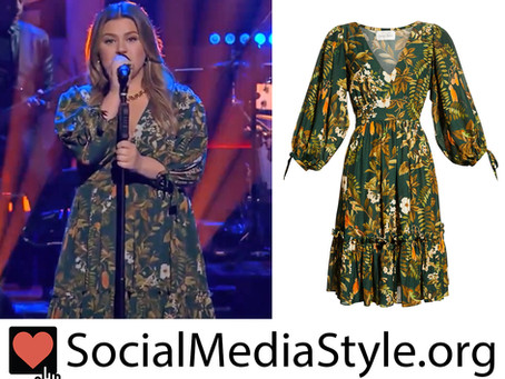 Kelly Clarkson's green floral print dress from The Kelly Clarkson Show